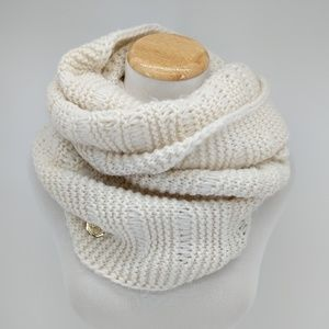 Vince Camuto Cream Cable Knit Infinity Scarf